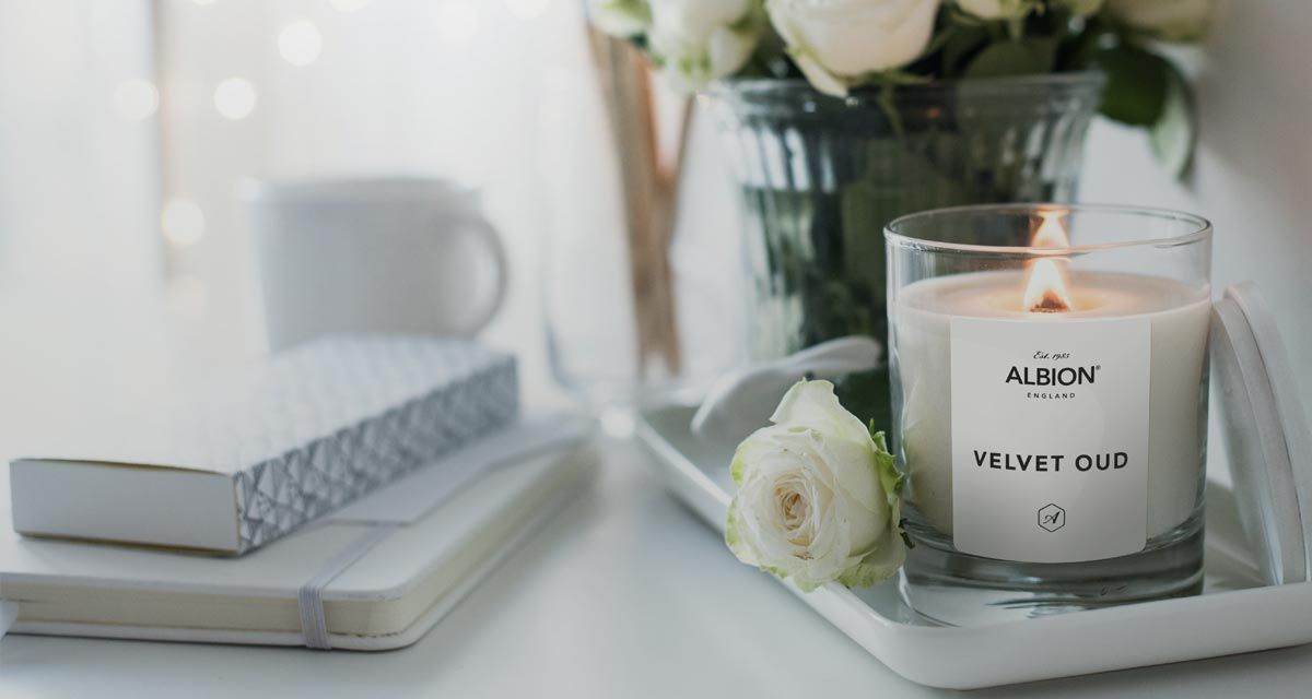 Albion Velvet Oud Luxury Candle